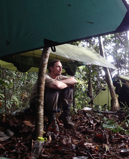 Jungle_hammock_set-up